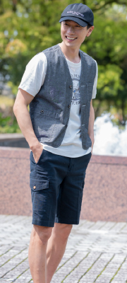 【Vol,122】Tシャツの上にさらっと重ねて、快適&高機能な夏ベスト